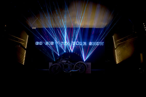 kvant-laser-burstberry-rgb_7
